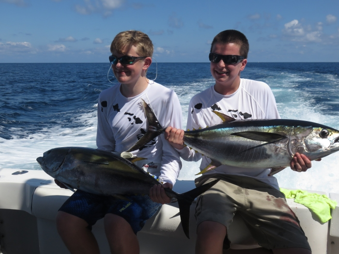 family-fishing-charters-quepos(3)