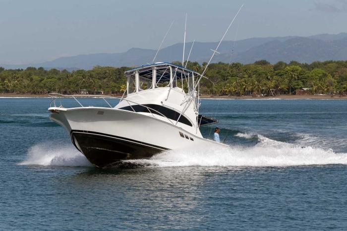 fishing-charter-boat-quepos